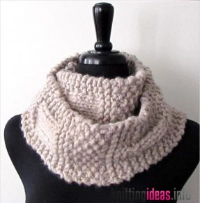 11-chunky-knit-scarf-patterns-to-knit-this-weekend-287x292