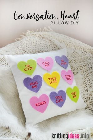 33-easy-diy-valentines-day-pillows-that-make-great-gifts-and-decor-298x447