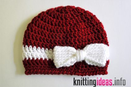 free-pattern-crochet-bow-and-ribbon-baby-hat-classy-crochet-423x282