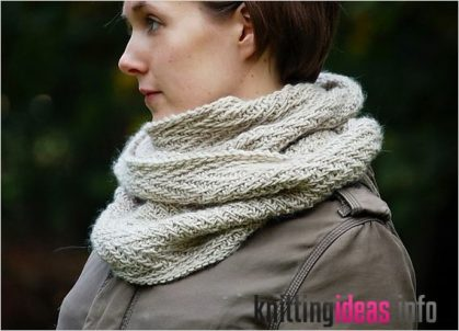 hipster-cowl-knitting-patterns-the-knit-cafe-419x302