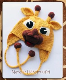 Earflap-Hat-Knitting-Patterns-for-Children-10-233x281