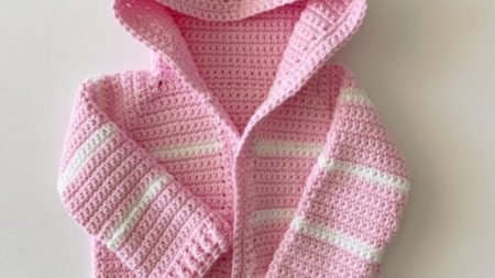 Baby-Hooded-Sweater-Knitting-Pattern-20-450x253