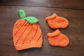 Best-Baby-Pumpkin-Hat-Knitting-Pattern-Easy-Adorable-4-281x187