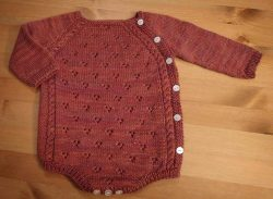 Knitted-Baby-Rompers-Pattern-25-250x183
