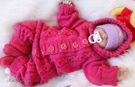 Knitted-Baby-Rompers-Pattern-6-440x283