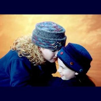 Best-10-Pillbox-Knitting-Hat-Pattern-1-340x340