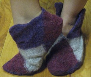 Origami-Slippers-Knitting-Pattern-12-306x260