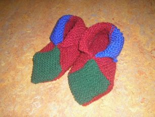 Origami-Slippers-Knitting-Pattern-13-306x230