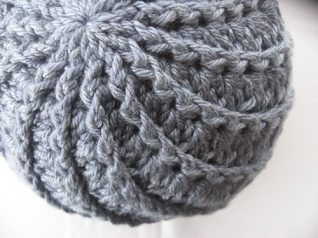 Spiral-Hat-Knitting-Pattern-10-318x238