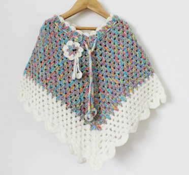 Best-25-Baby-Poncho-Knitting-Pattern-16-372x344