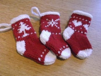 Best-25-Knitted-Patterns-for-Christmas-Stockings-11-346x260