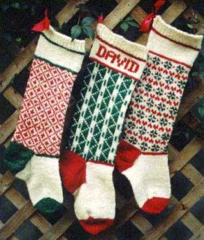 Best-25-Knitted-Patterns-for-Christmas-Stockings-12-292x343