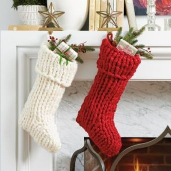 Best-25-Knitted-Patterns-for-Christmas-Stockings-13-343x343