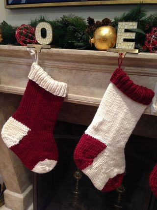 Best-25-Knitted-Patterns-for-Christmas-Stockings-14