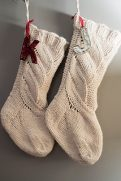 Best-25-Knitted-Patterns-for-Christmas-Stockings-6-121x181
