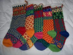 Best-25-Knitted-Patterns-for-Christmas-Stockings-9-241x181