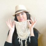 Easy-Knitting-Hip-Spring-Scarf-Cowl-1-150x150