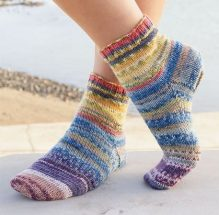 Knitted-Festival-Socks-Pattern-2-219x215