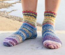 Knitted-Festival-Socks-Pattern-3-219x184