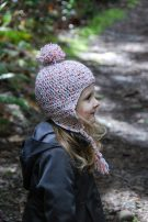 Lovely-20-Earflap-Hat-Knitting-Patterns-for-childs-20-135x202